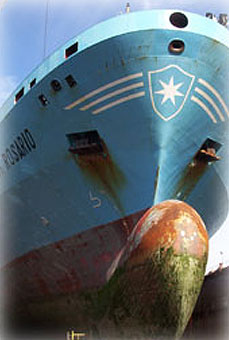 Repair of container ships belonging to German owners